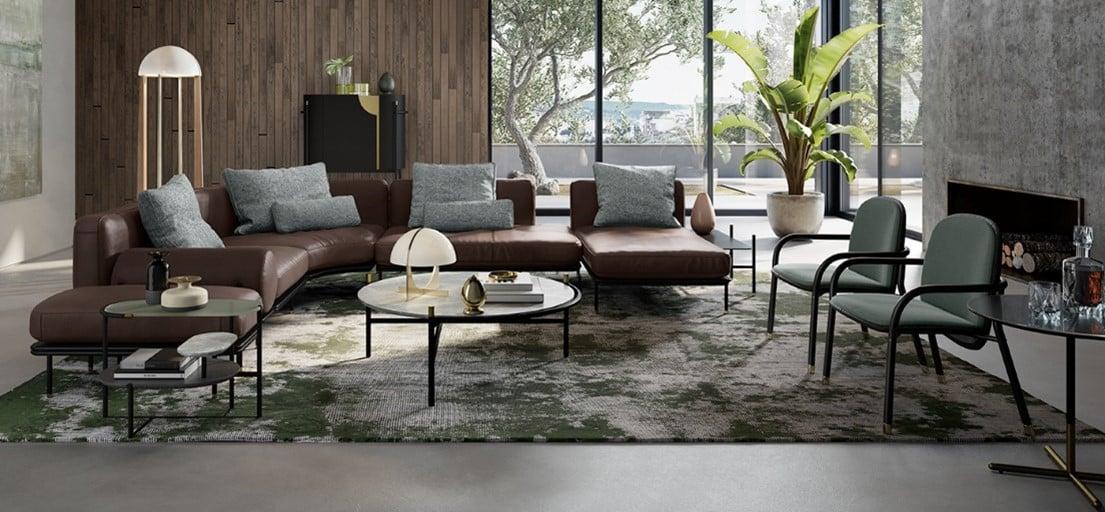 Un canapé en cuir