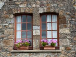Comment bien choisir son poseur de fenêtre?