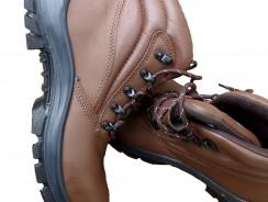 Des travaux dans votre maison : enfilez des chaussures de sécurité