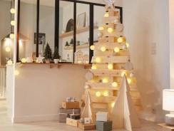 Décoration de Noël: comment installer un sapin original dans un petit espace?