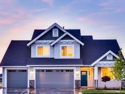 Porte de garage à enroulement ou sectionnelle : laquelle choisir?