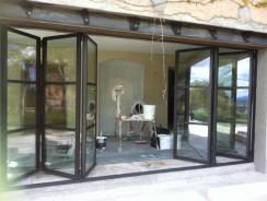 Des portes et fenêtres design en aluminium chez vous : suivez la tendance !